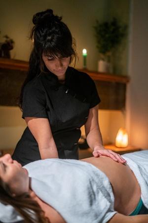 osteopatia en embarazo-En manos de Nara