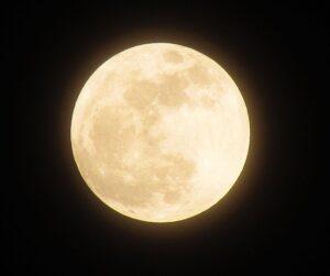 luna llena-En Manos de Nara