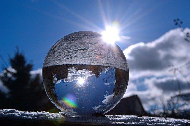 bola de cristal-En Manos de Nara