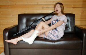 muletas lesion-En Manos de Nara